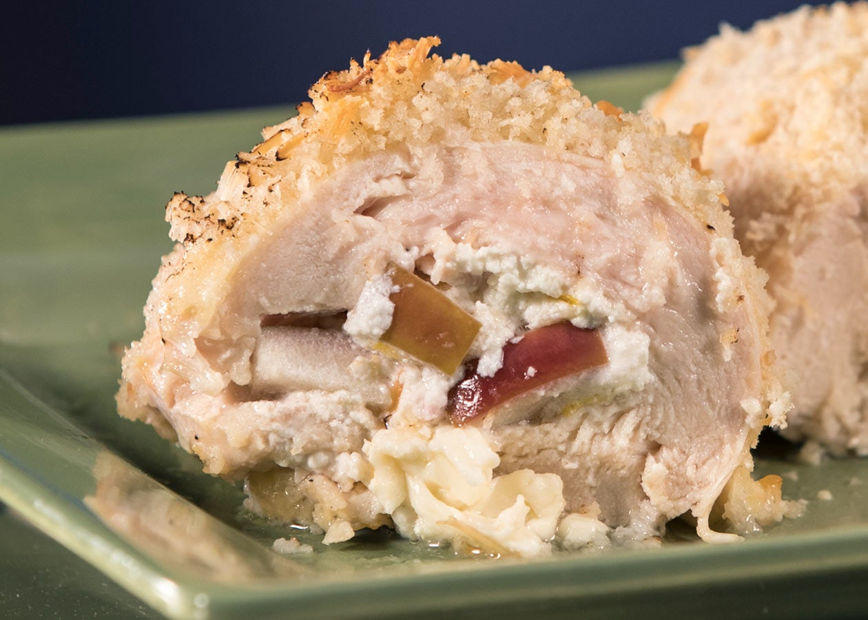 Chicken Stuffed with Apple and Goat Cheese-lo