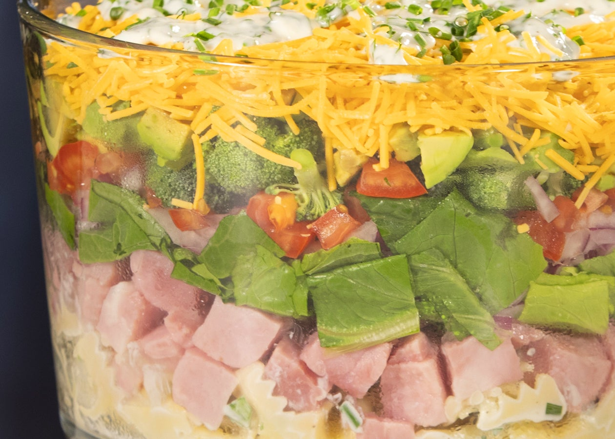 8-Layer-Pasta-Salad
